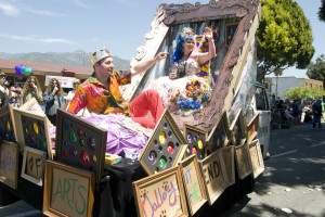 In Doo Dah Parade 2010 on a float with my King James!